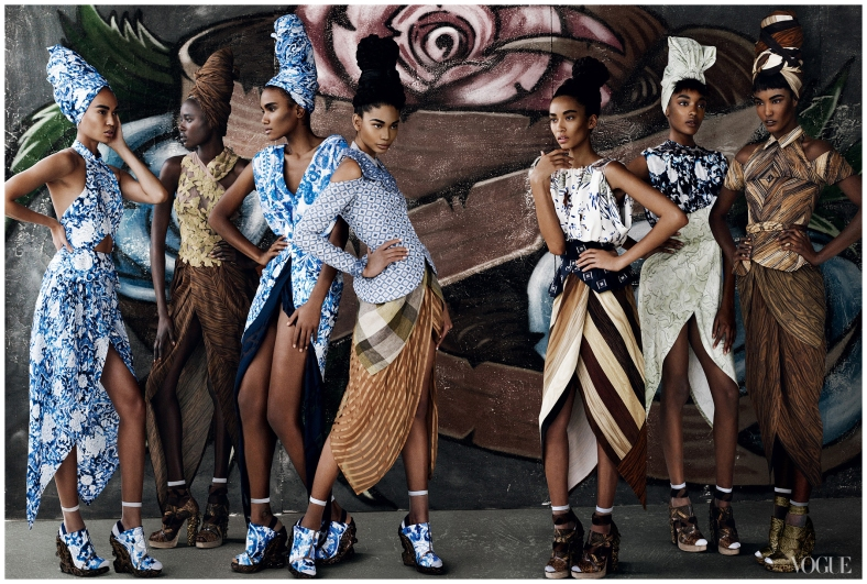 1_joan-smalls-arlenis-sosa-chanel-iman-anais-mali-jourdan-dunn-and-sessilee-lopez-photo-mario-testino-2010