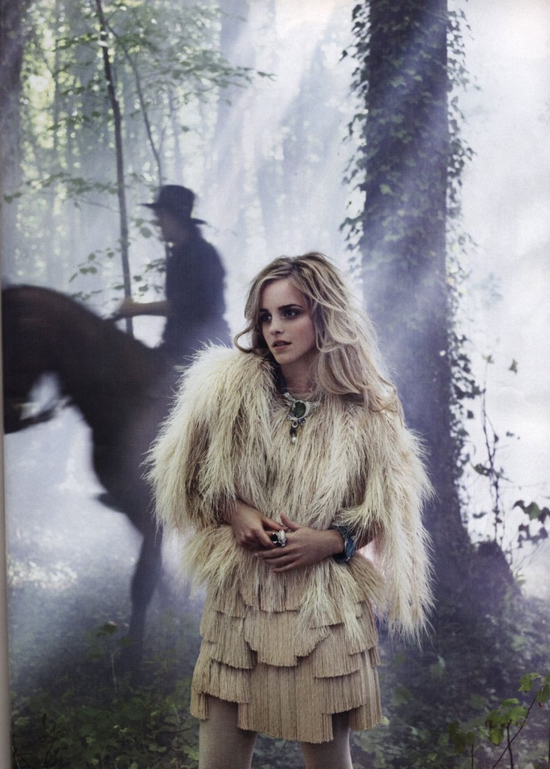14_Vogue-Italia-emma-watson-3182135-1155-1614