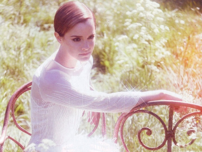 17_Emma-Watson-Wallpaper-emma-watson-25371673-1024-768