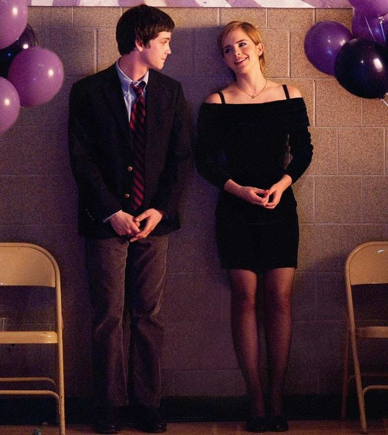 2_emma-watson-and-logan-lerman-perks-of-being-a-wallflower