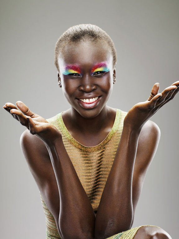 19_Alek-Wek-Dutch-Glamour-2