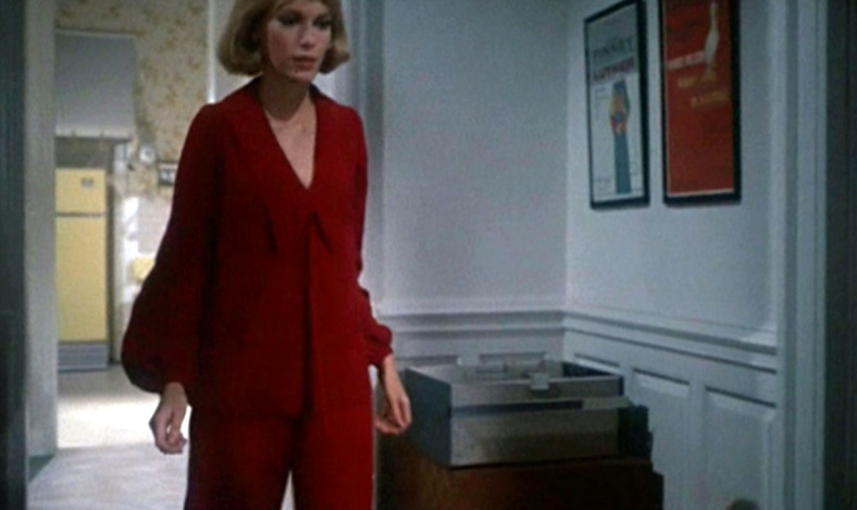 7_Rosemarys-Baby_Mia-Farrow_red-trouser-suit_walking-mid.bmp2