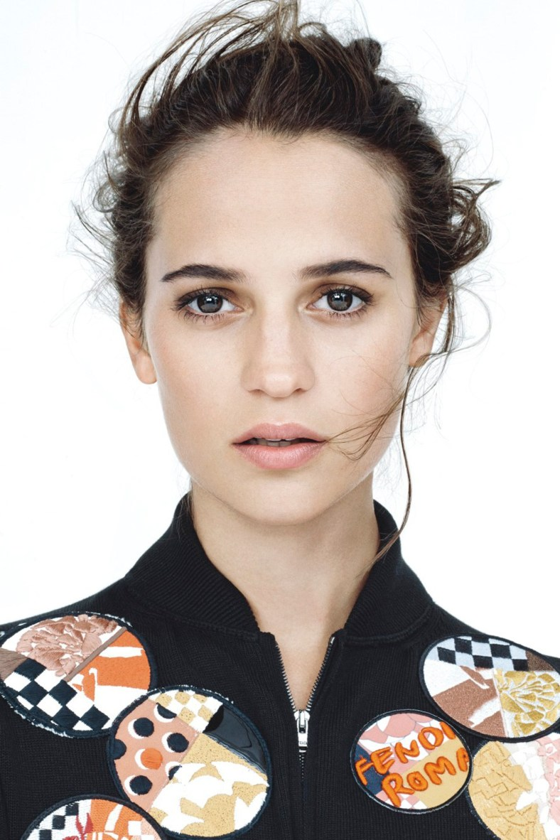 3_vogue-feb-2015-p149-alicia-vikander-12may15-scott-trindle-b